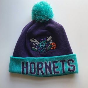Throwback Hornets 90s beanie with Pom hat